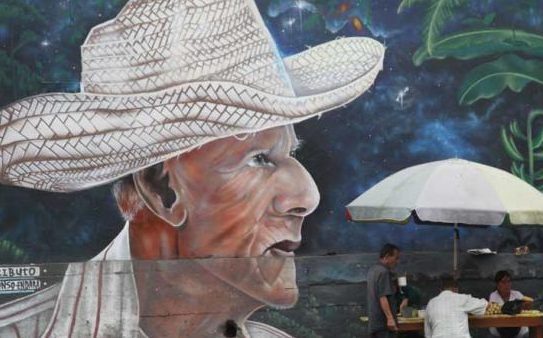 d036acdf91d0c En El Carmen de Manabí se exhibe identidad montuvia en murales ...